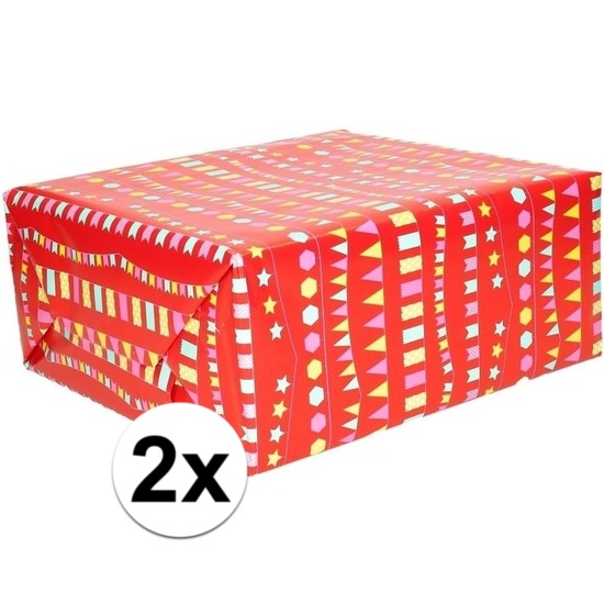 2x Inpakpapier-cadeaupapier rood met vlaggenlijn 200 x 70 cm rol