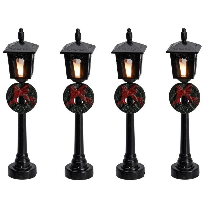 4x Kerstdorp onderdelen lantaarn-krans 10 cm met LED verlichting