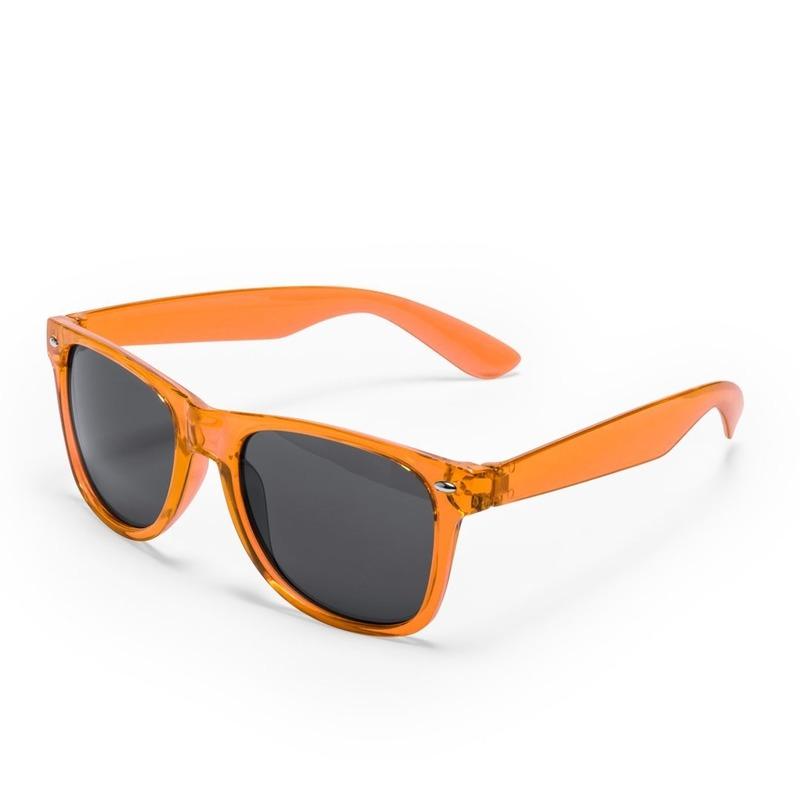 6832fc9c3d7233 Oranje verkleed zonnebril met uv400 bescherming in een klassiek ontwerp met  zwarte glazen. verkleedkleding .