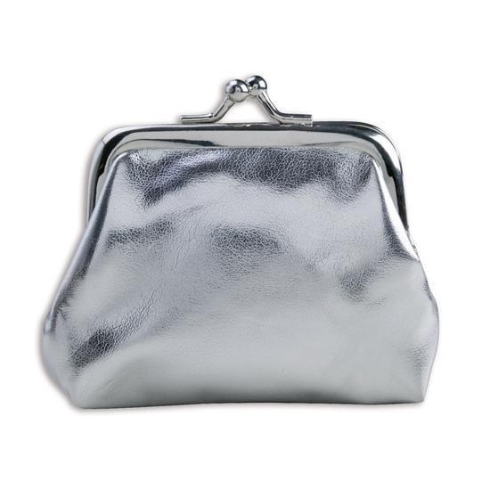35714bbc65f Portemonnee zilver metallic. een kleine glimmend zilveren dames of meiden  portemonnee met knip sluiting.
