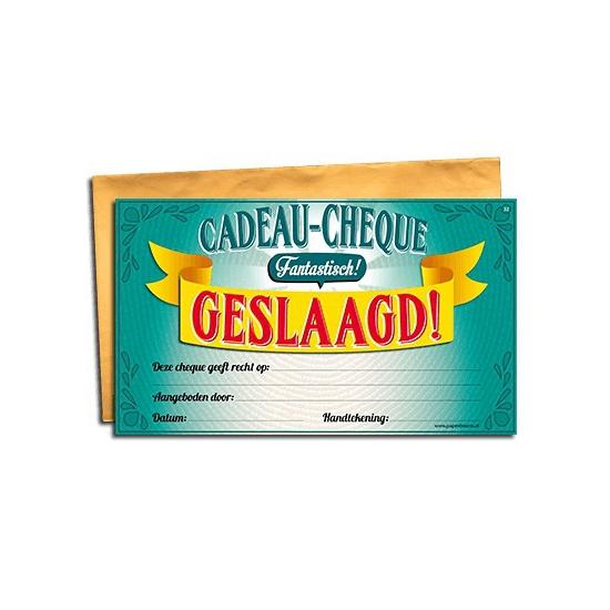 Cadeau cheque geslaagd 20 x 34 cm Cadeau /feest-artikelen/feestartikelen-algemeen/kado-cheques